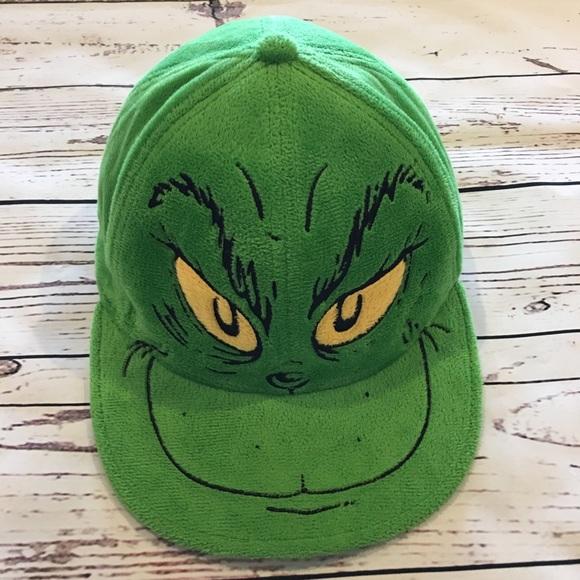 Grinch hat. M 5bb0fc4c2beb7931be3c9423 4f50b8bd0f37